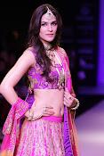 Kriti Sanon latest glamorous raml walk-thumbnail-18