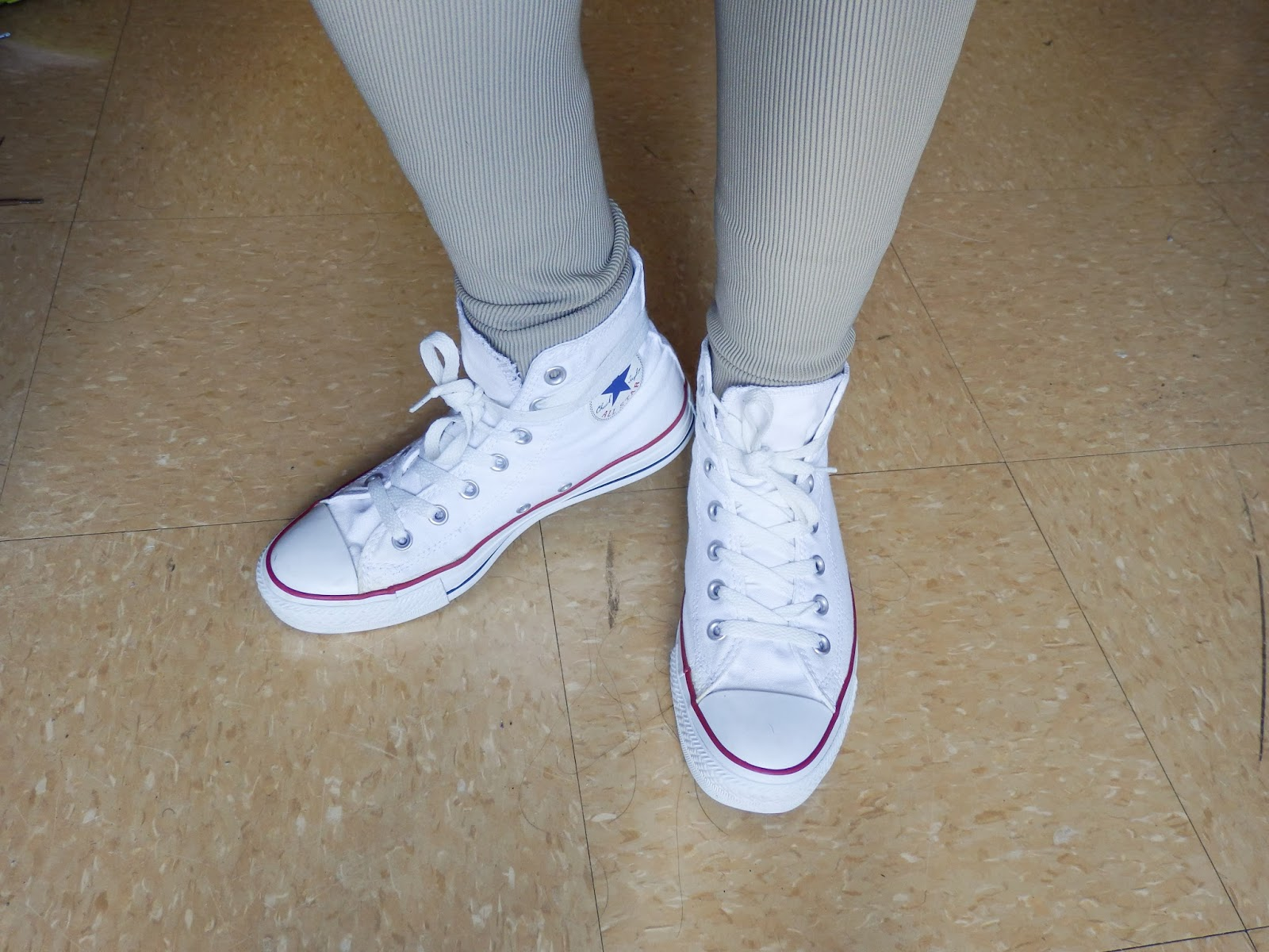 tumblr outfits white converse high tops car interior design