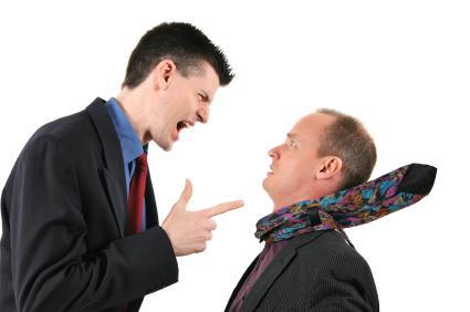criticism blame - كيف تنتقد الاخرين وتنصحهم دون ان تجرحهم