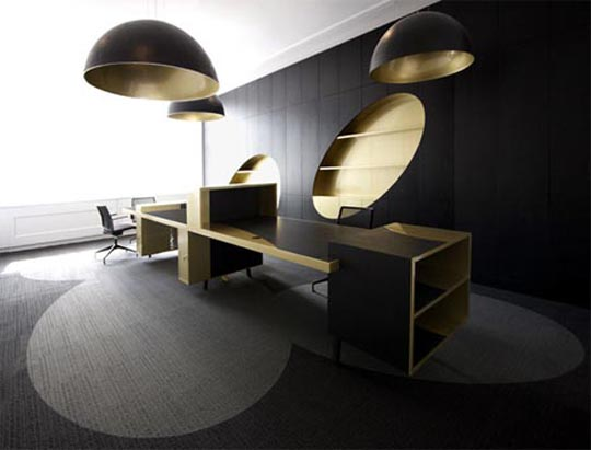Luxury-office-interior-design-with-black-and-gold