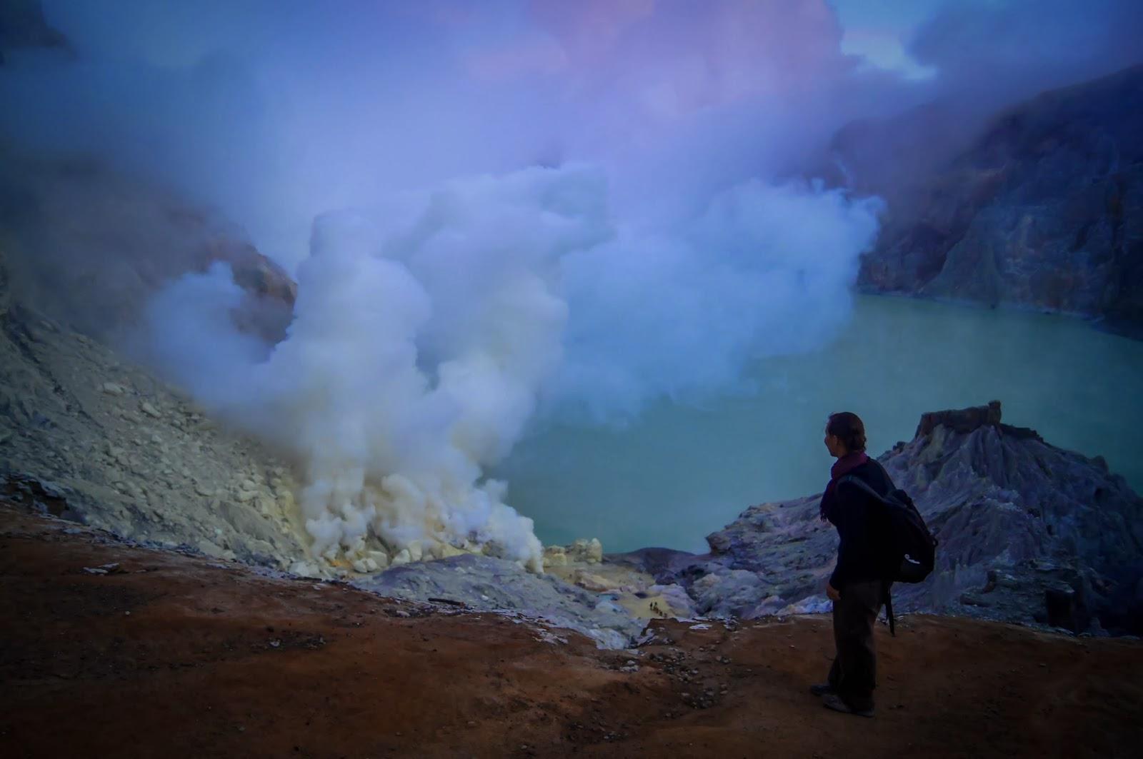 el lago ácido más grande del mundo