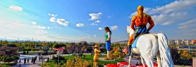 نبذه عن حديقة أرض العجائب Harikalar Diyarı في أنقرة