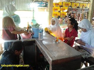Pasar krempyeng desa sundul