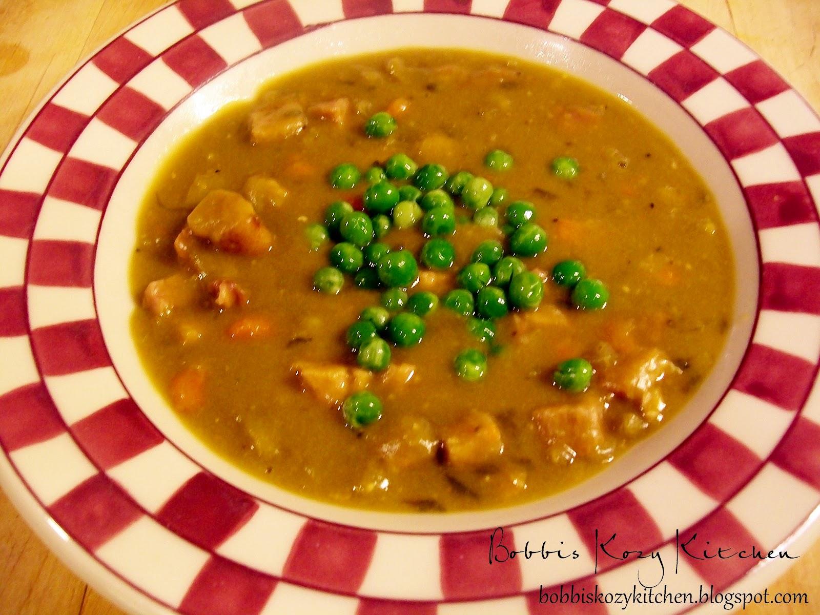 ... Kozy Kitchen: Bobbi on a Budget - Slow Cooker Split Pea Soup with Ham
