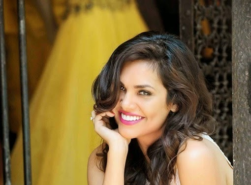 Esha Gupta Hot HD Wallpapers 2014 Free Download