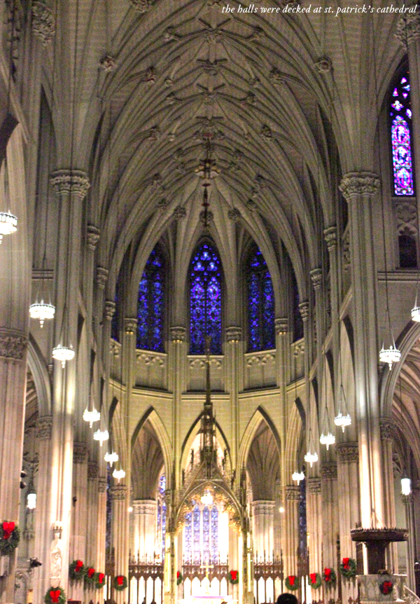 New York City at Christmas, st. patrick's cathedral nyc