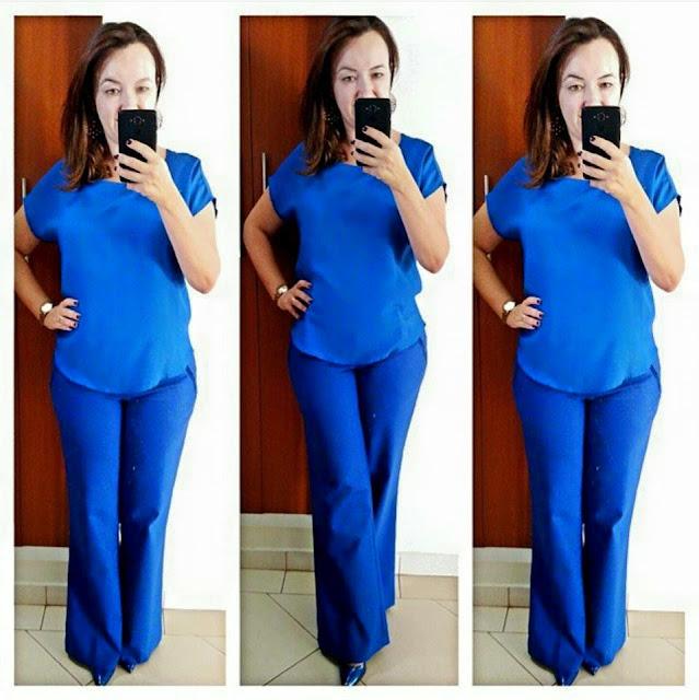 look monocormático azul, look monocromático, calça flare azul, scarpin azul carmen steffens, blog camila andrade, blog de moda em ribeirão preto