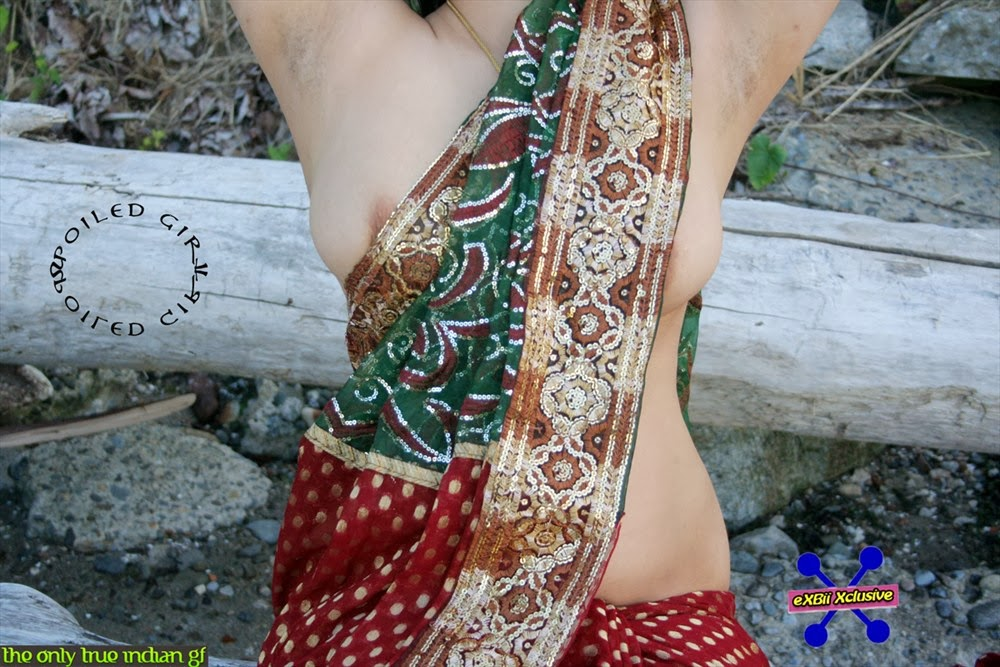 cute girls in saree