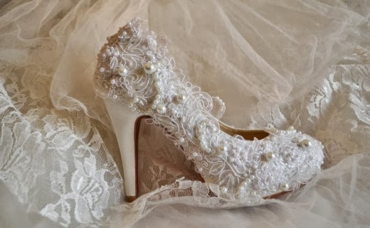 Popular pearl Wedding Shoes for new bride to be