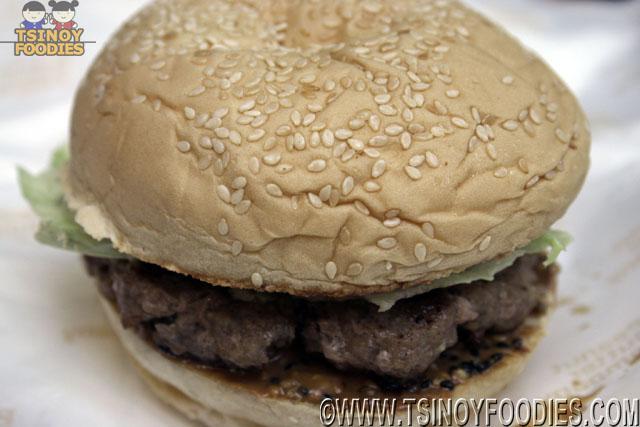 pb burger sandwich