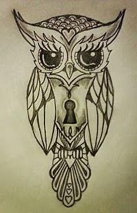 Fotos de tatuagens de corujas com fechadura