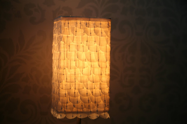 scalloped paper lamp tutorial