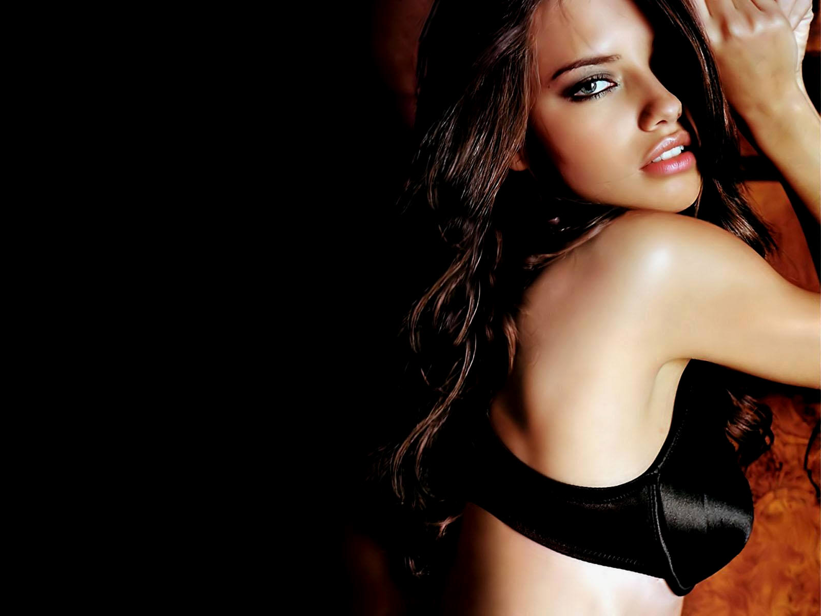 adriana lima hot hd wallpapers - sports updates