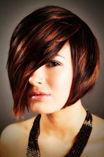 Gaya Rambut Pendek Terbaru untuk Wajah Bulat