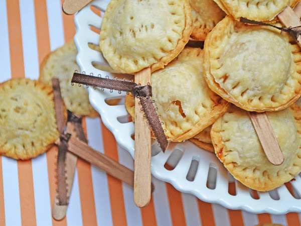 Pie Pops (Bite Sized Apple Pies)