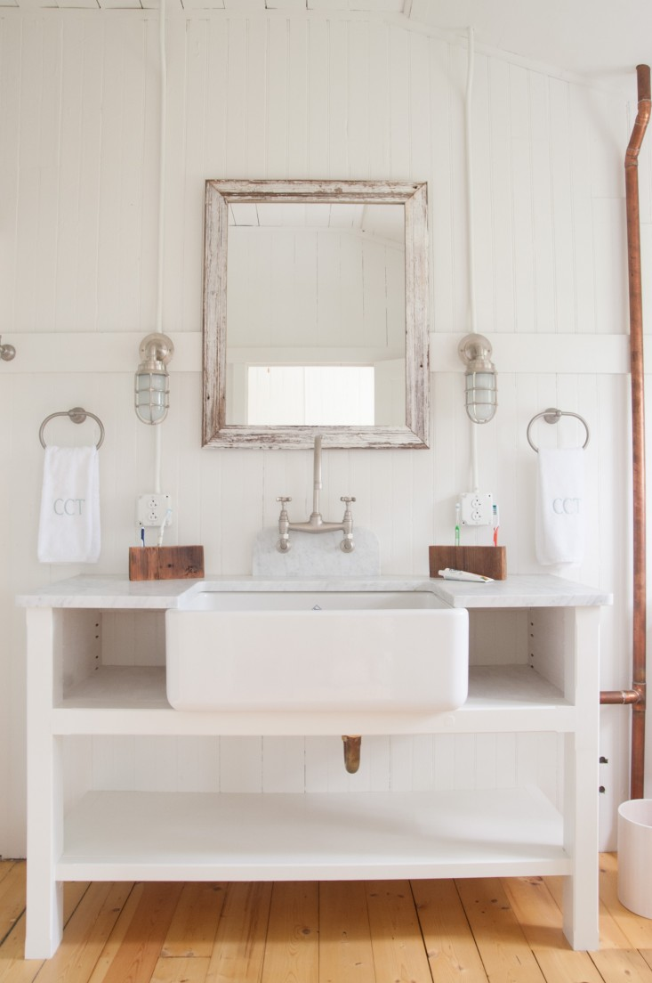 Bathroom Vanity Lights Farmhouse : Tin Roof Farmhouse: Project Inspiration...Summer