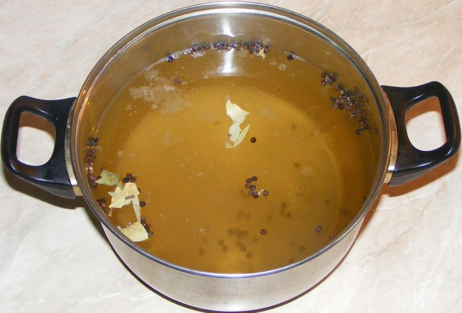 saramura din otet pentru gogosari, saramura, saramura pentru gogosari in otet, retete saramura, reteta saramura, retete si preparate culinare saramura din otet,