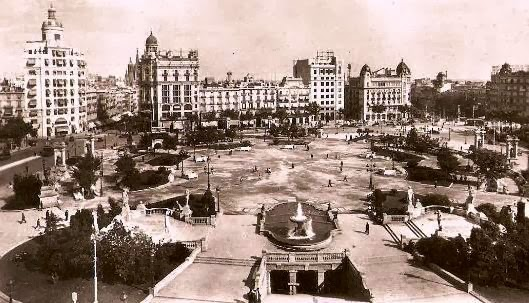 Barcelona ahora y siempre plaza catalu a 1940 2013 - El corte ingles plaza cataluna barcelona ...