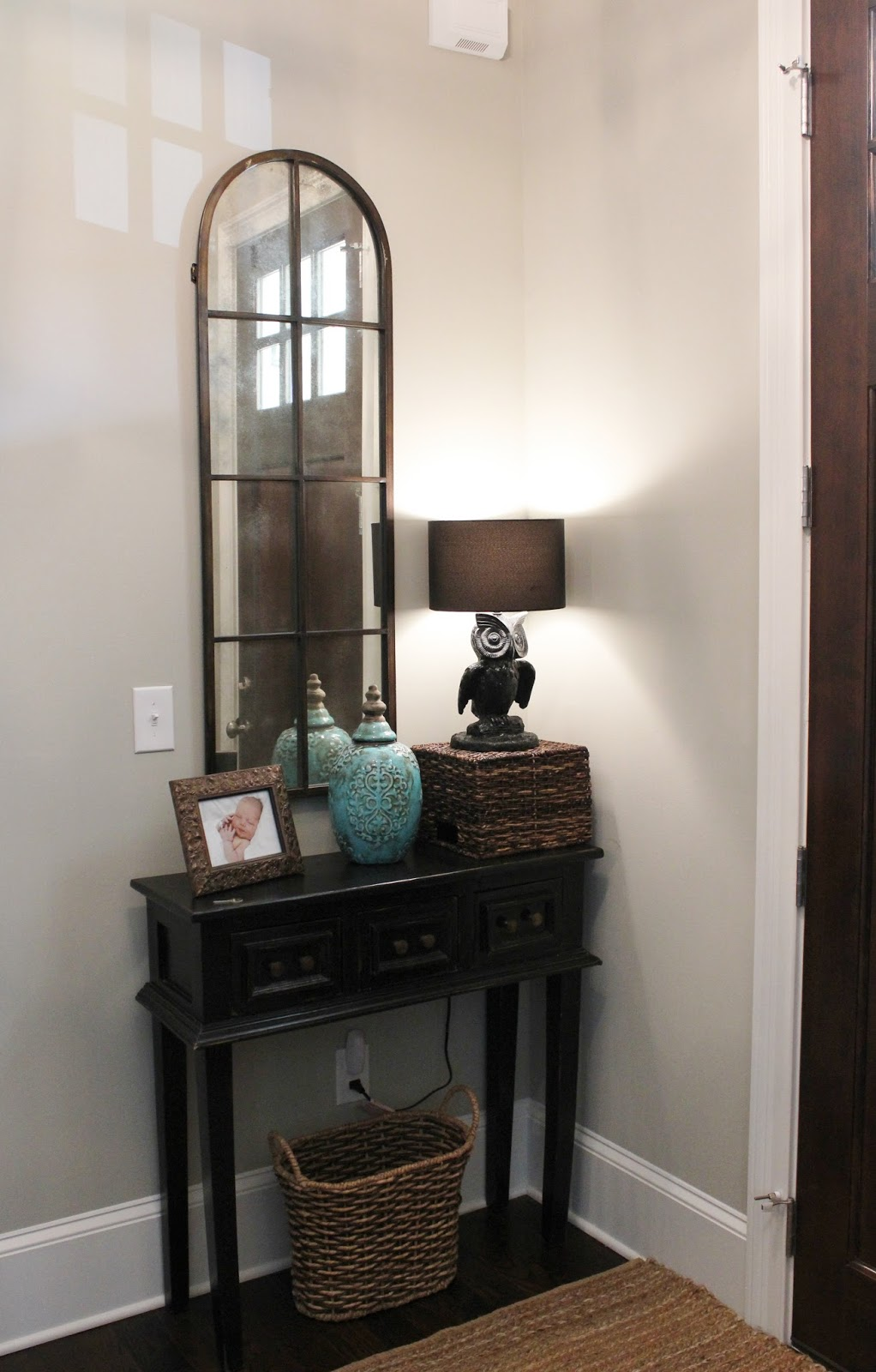 Bon Small Entry Table Cabin Fever: Entry Hall
