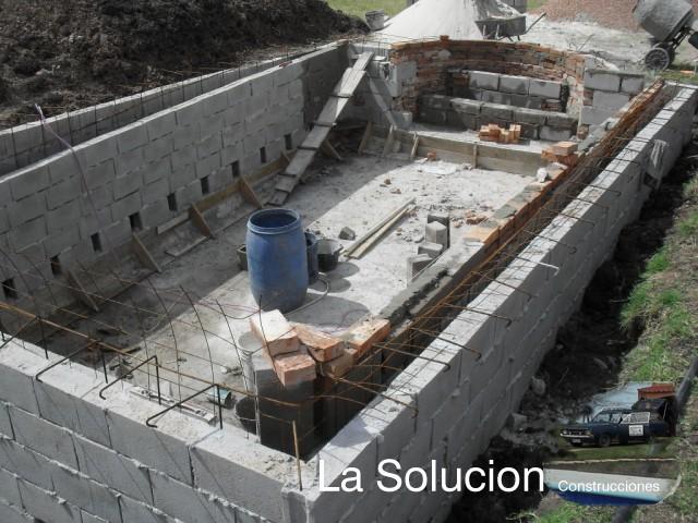 Lasolucion piscinas armado del vaso for Construccion de piscinas en uruguay