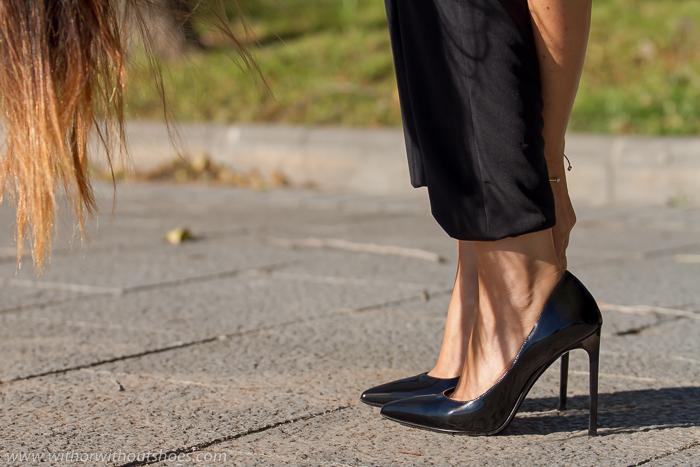 blogger Adicta a los zapatos con sus stilettos favoritos de YSL