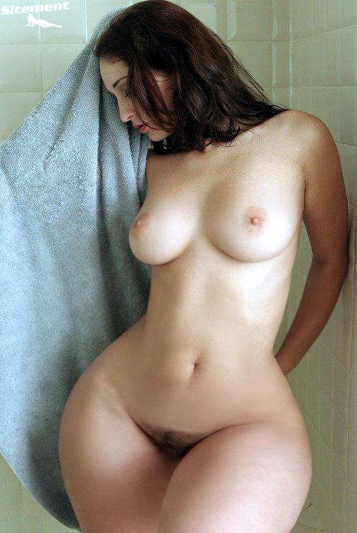 голые с большим тазом
