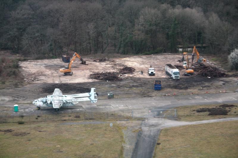 [05/03/2012] Destruction des Hangars Demi-Tonneau... Hangar1