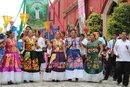 Tehuanas in parade for Guelaguetza in Oaxaca 2011