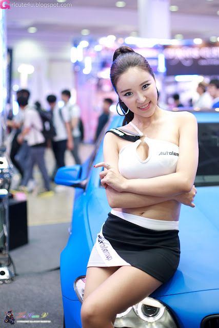 3 Yoon Joo Ha - Seoul Auto Salon 2012-Very cute asian girl - girlcute4u.blogspot.com