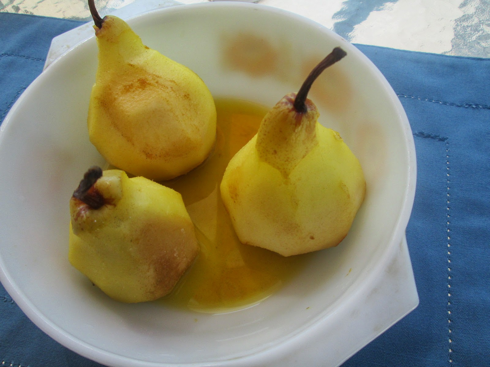 Canela kitchen: Poached pears with cardamom and saffron and SWAP