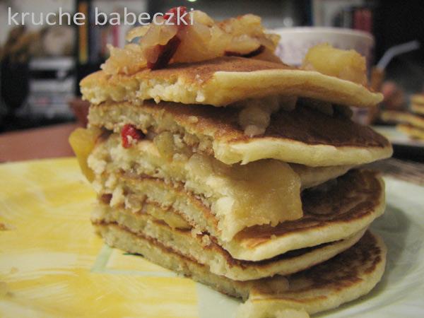 Moje pierwsze puszyste pancakes :))
