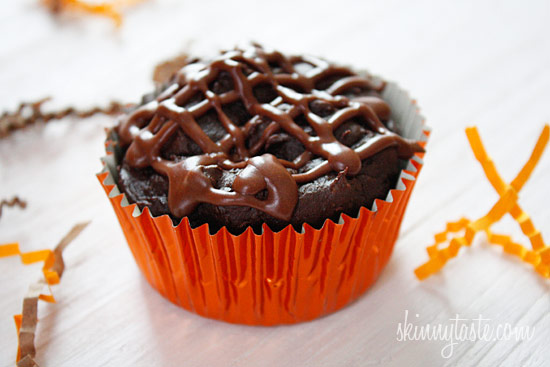 Super Moist Low Fat Chocolate Cupcakes with Chocolate Glaze
