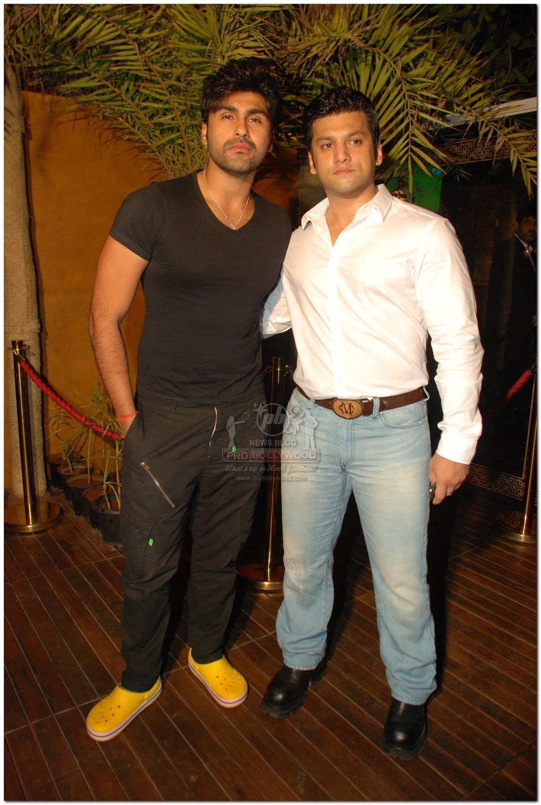 http://1.bp.blogspot.com/-7PZRvmrWpzA/Tl5NBzL9FwI/AAAAAAAAc4g/Lgc5WuDn3ow/s1600/Pro-Bollywood-Ali-Reza-6.jpg