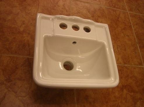 Tiny Sink Bathroom : Tiny Bathroom Sinks: 12.4
