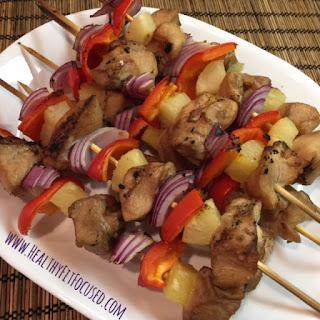 21 Day Fix Recipe, Pineapple Chicken Skewers, www.HealthyFitFocused.com, Julie Little Fitness