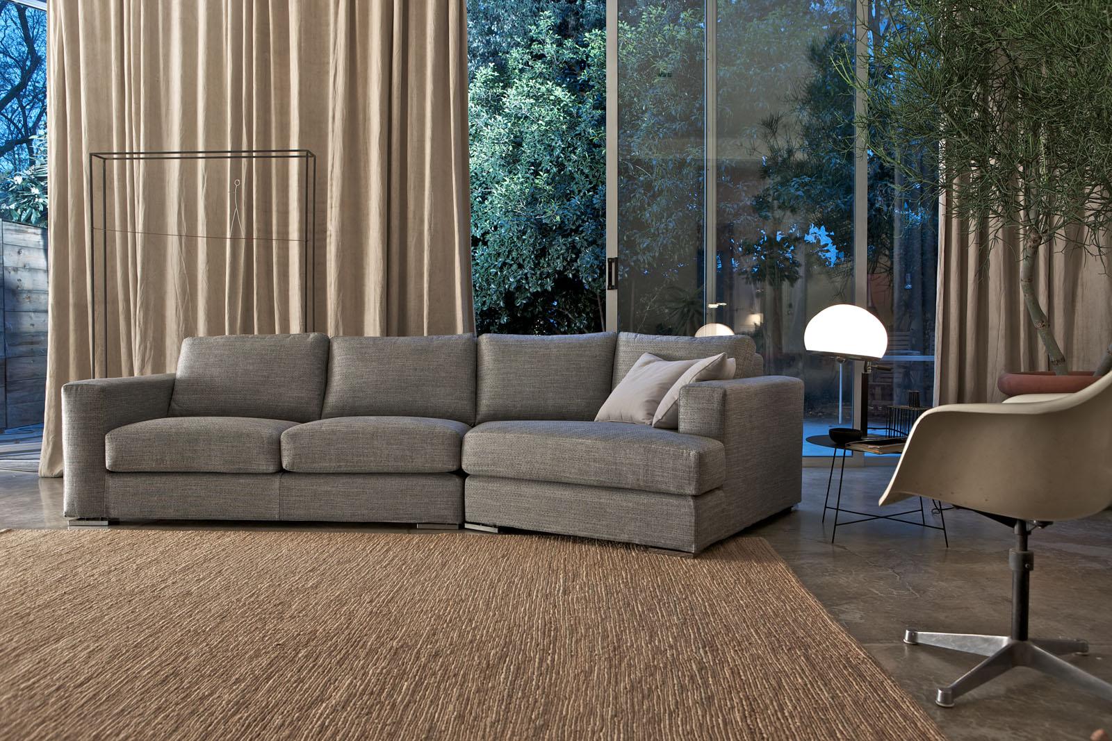 Divani blog tino mariani nuove immagini dei divani for Modelli salotti moderni