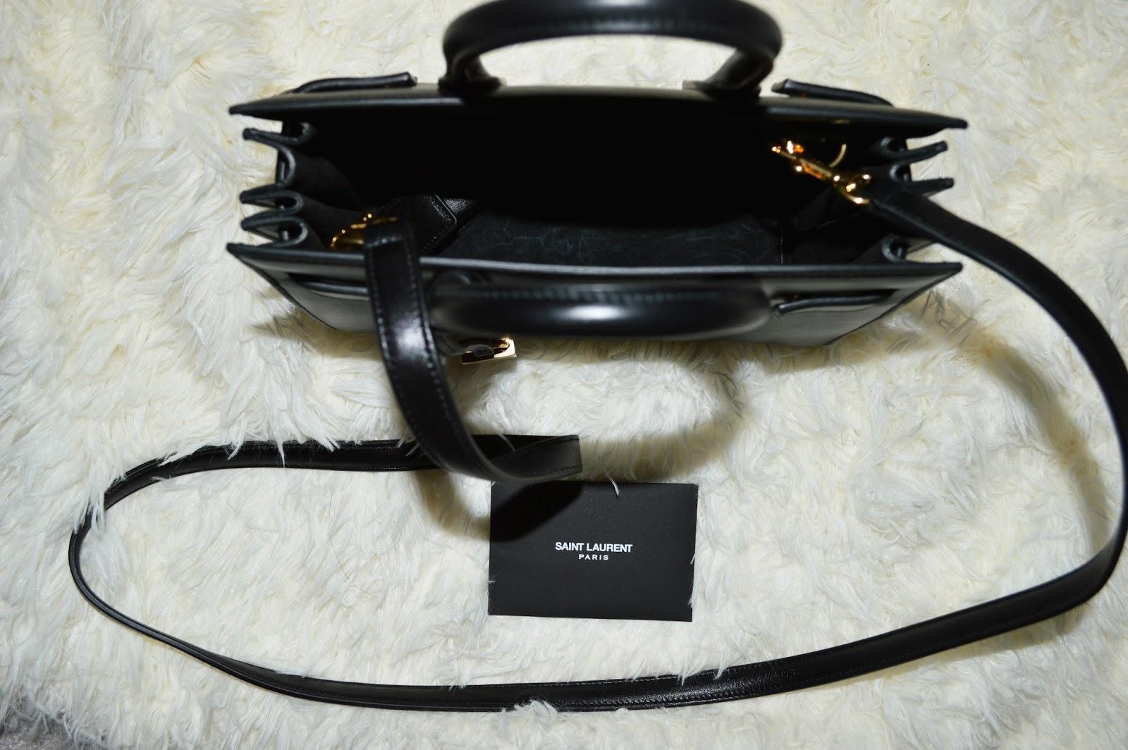 yves saint laurent clutch size
