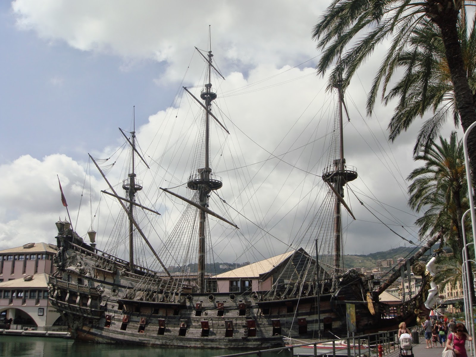 Pirate ship Genova
