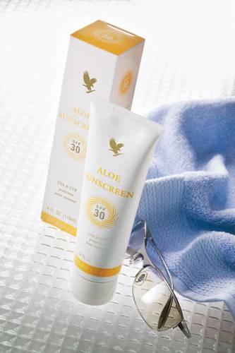Aloe Sunscreen- Kem chống nắng, chống nắng UVA và UVB