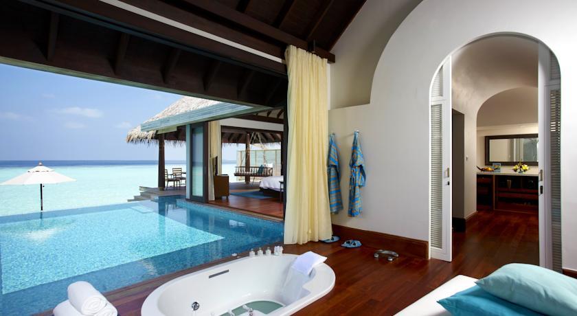 Maldives Baa Atoll Anantara Kihavah Villas