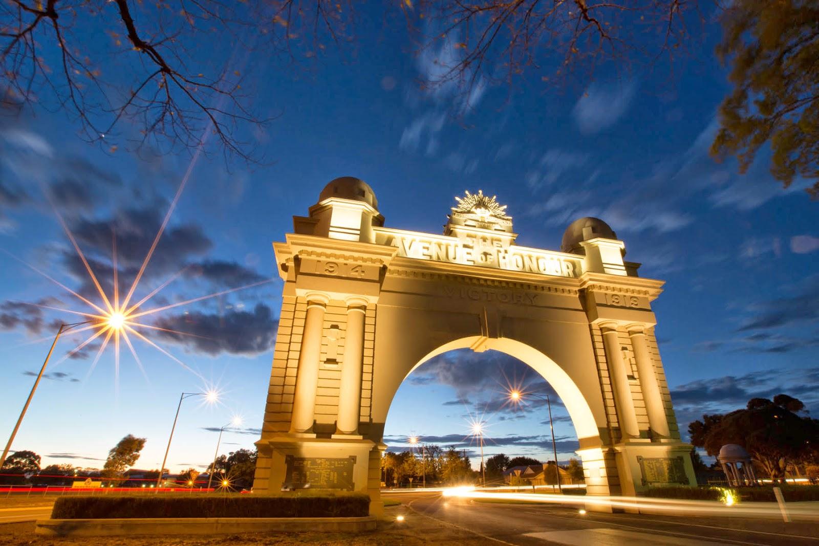 Photo of Ballarat's Arch of Victory