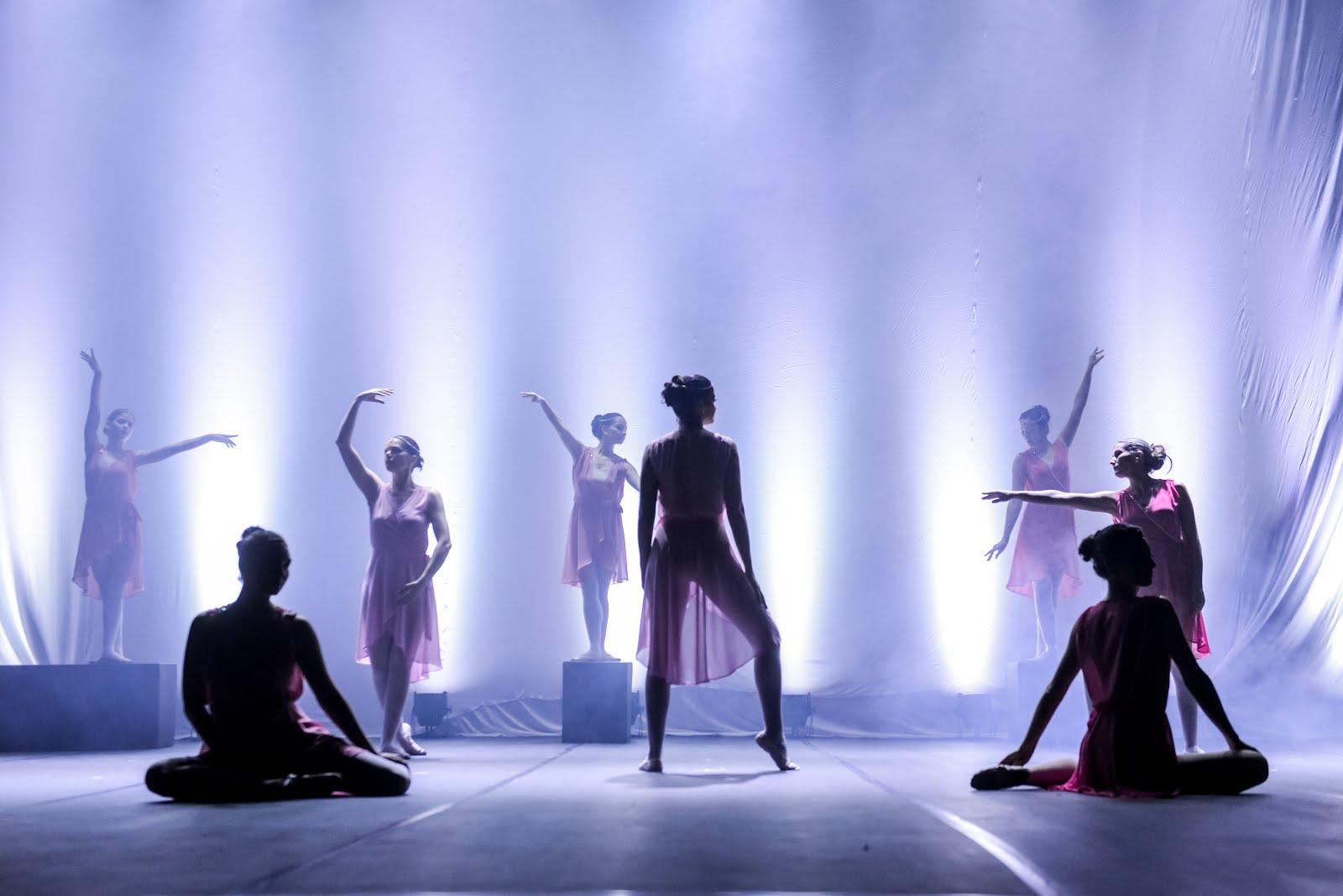 Escola de Dança Viviane Candiotto
