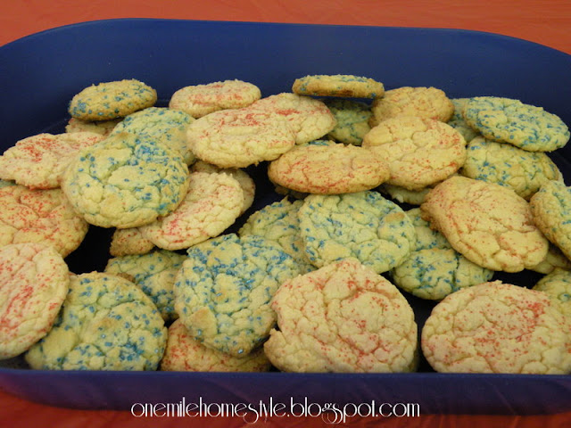 Red and blue sugar cookies