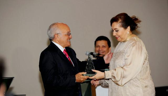 Vice-governador José Melo recebe Prêmio Cidade de Manaus e destaca crescimento da capital amazonense que completa 344 anos