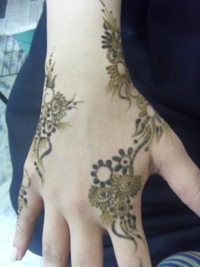 Modern Arabic Mehndi Designs : Latest mehndi designs simple and modern