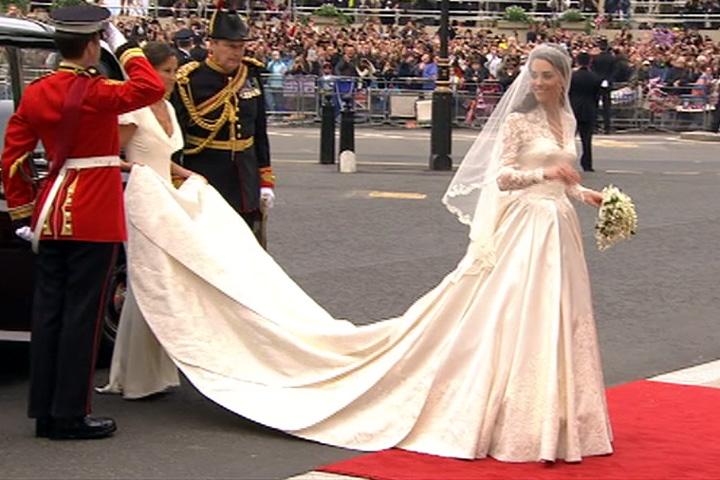 kate middleton wedding dress. Kate Middleton#39;s wedding dress