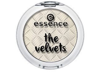 essence the velvets