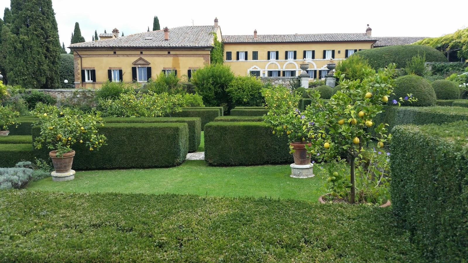 hortibus voyage palais et jardins prives de toscane bottin mondain. Black Bedroom Furniture Sets. Home Design Ideas