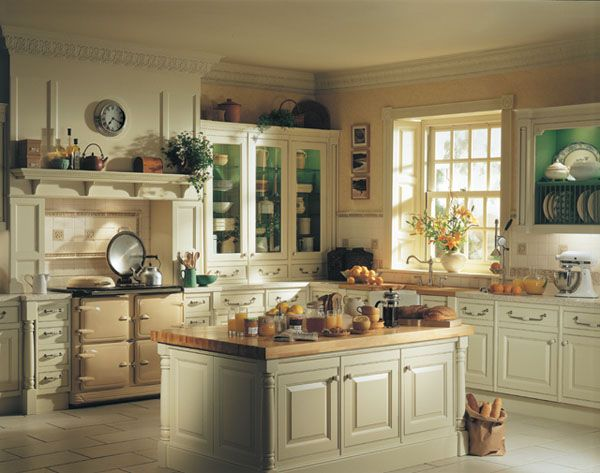 Small Traditional Kitchens