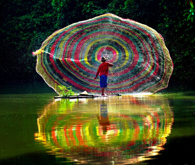 Rainbow Fishing Net
